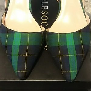 SOLE SOCIETY GREEN/NAVY PLAID HEELS